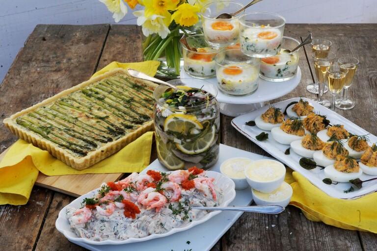 Recept: Sill, ägg och sparris gör påsken till en plockfest