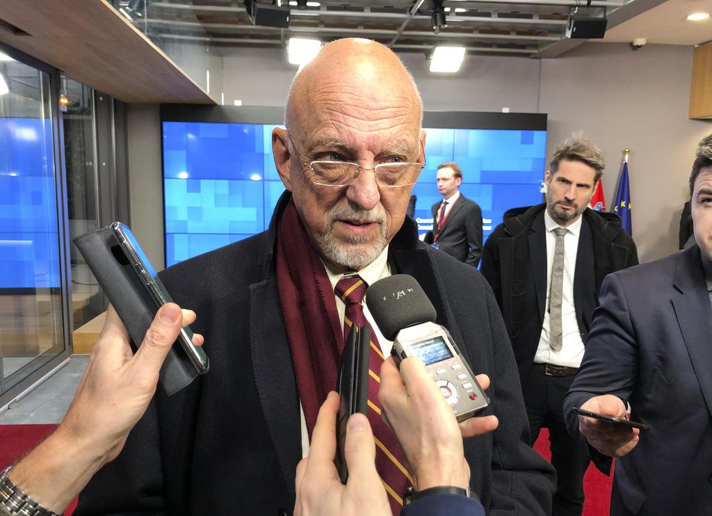 Hårt tryck på Sverige inför budgetstrid