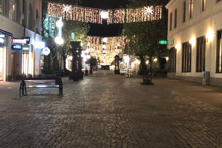 Så här såg det ut på Karlskronas gator  - innan alkoholförbudet börjar