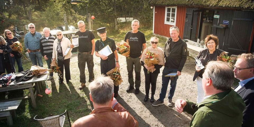 Galan Guldjubel var inställd i år. Därför blev det en mindre ceremoni när ålfiskarna fick sitt pris vid Tvillingaboden.