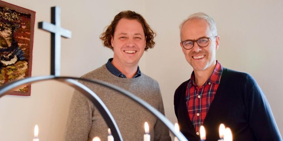 Kalle Spetz, pastor och föreståndare för Skillinge missionshus och Bengt Jörnland, pastor, gläds åt att nyfikenheten för församlingens gemenskap är så stor.