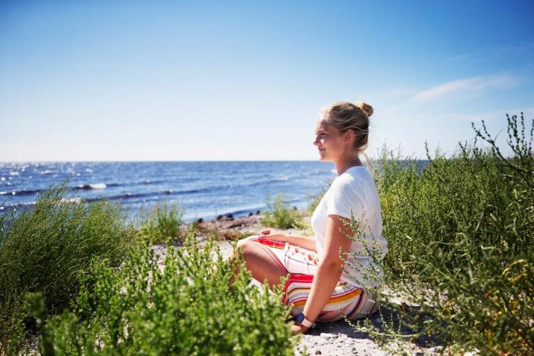 Hanna drömmer om havet - och hittar lugnet på Youtube