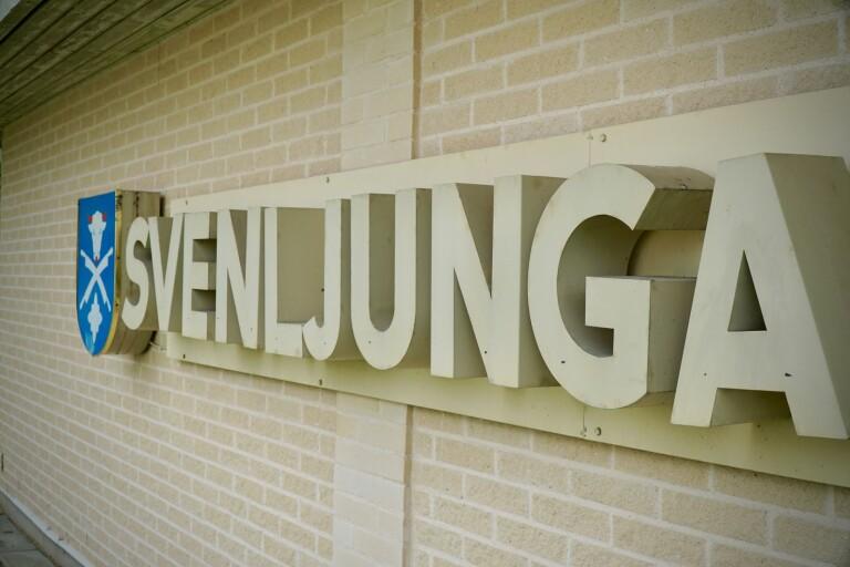 Kommunfullmäktige i Svenljunga var inte redo att fatta beslut om det ska finnas en långsiktig skolplan eller inte. Mellan raderna handlade debatten om vad som ska hända med de små skolorna i södra kommundelen.