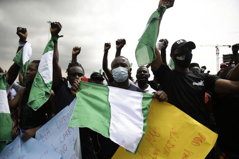 Därför rasade protesterna i Nigeria