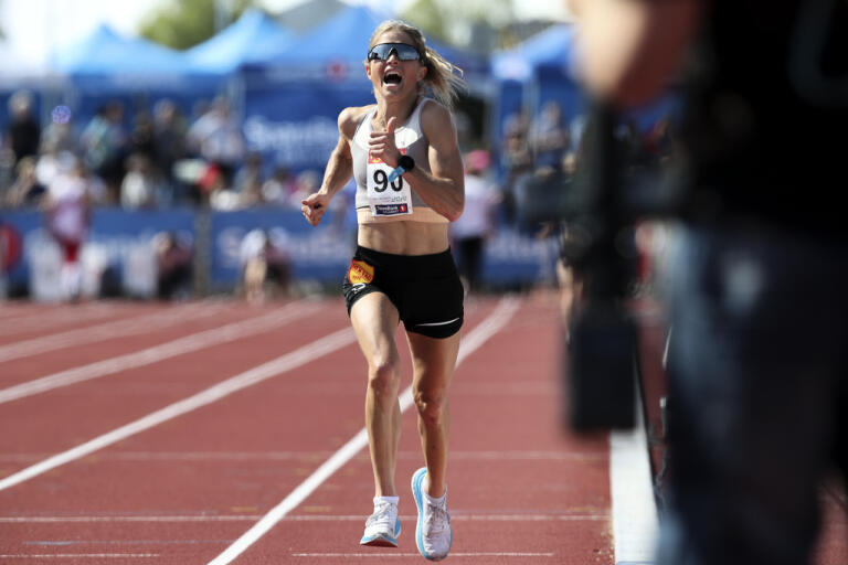 Therese Johaug gjorde succé på 10|000 meter i Norge.