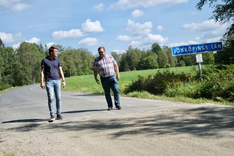 Politiker fortsätter kampen om en asfalterad väg i Ölsremma