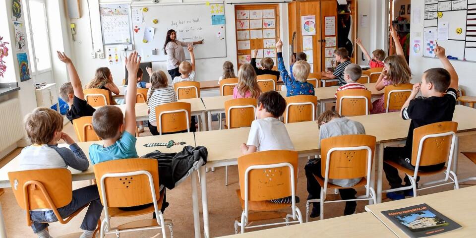 Förmågan att skriva korrekt svenska påverkar elevernas skolgång, skriver UT:s Kajsa Kettil. Genrebild.