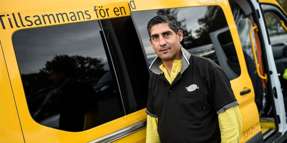 """""""Mitt liv var ganska odramatisk tills jag anställdes hos Telepass AB och började mina resor med viruset"""", säger Mohamed Akrim."""