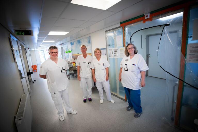 Klas Gränsbo, överläkare, Tina Eriksson sjuksköterska, Annika Gustafsson sjuksköterska och Agneta Kristensson, enhetschef vädjar till alla Trelleborgare att hålla avstånd och följa Folkhälsomyndighetens rekommendationer.