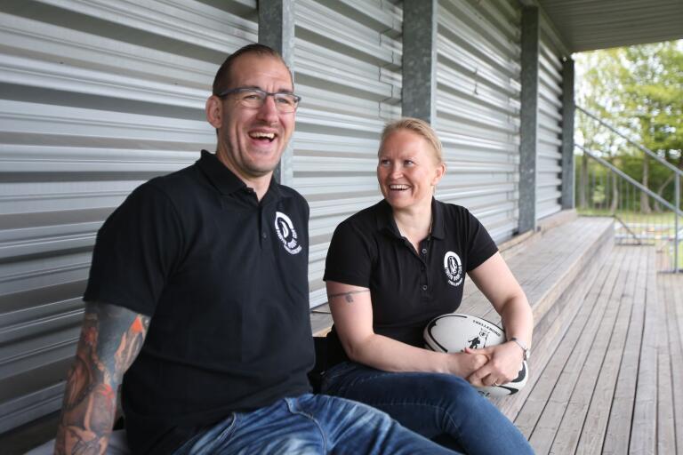 Niklas Eriksson och Maja Nieminien minns tillbaka på gulden 2003. Pingvins damer besegrade Vänersborg och Pingvins herrar slog tillbaka Stockholm Exiles. I båda fallen var Pingvin nederlagstippat.
