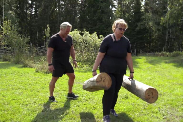 Lillian Jakobsson Lindblad blir coachad av den tidigare Biggest loser-vinnaren Michael Fridebäck i Revanschen.