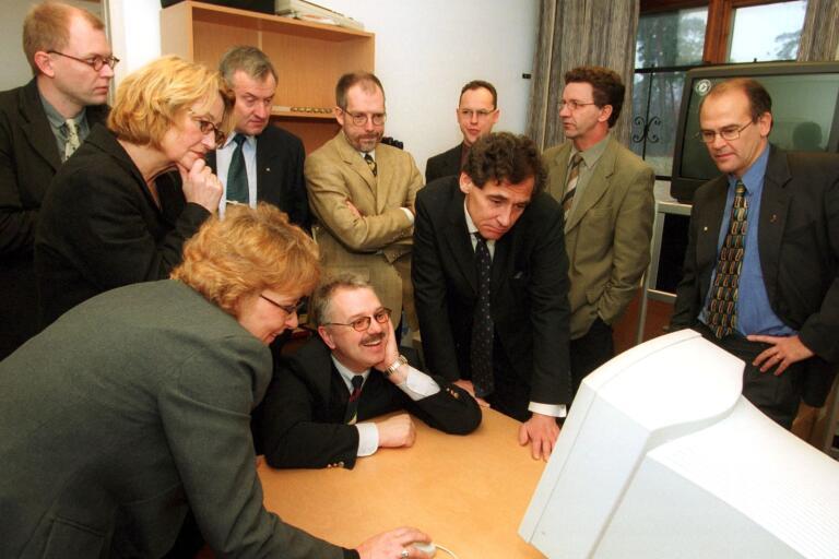Företrädare för skånska och tyska högskolor samlades på Studiecenter Syd för att diskutera distansutbildning per satellit