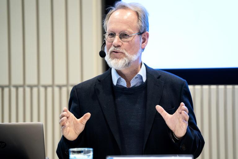 Leif Dotevall, biträdande smittskyddsläkare, under en tidigare pressträff om coronaviruset.
