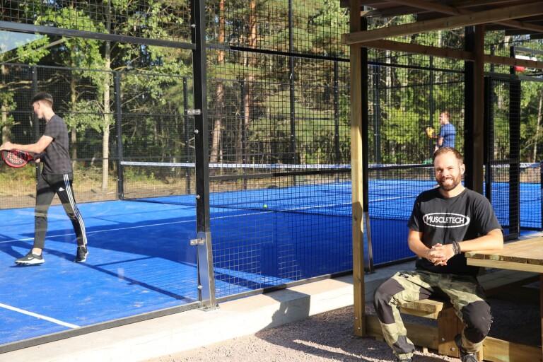 Rekordsnabbt bygge i Torp klart för padelspel