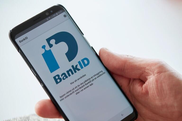 Falska bankmän åter i farten – här är polisens råd till äldre