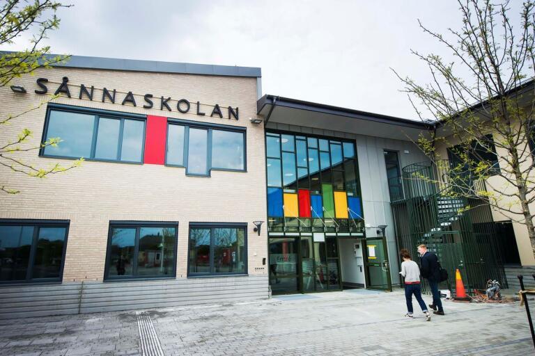 Nya Sånnaskolan i Åhus står klar för inflyttning till höstterminen.