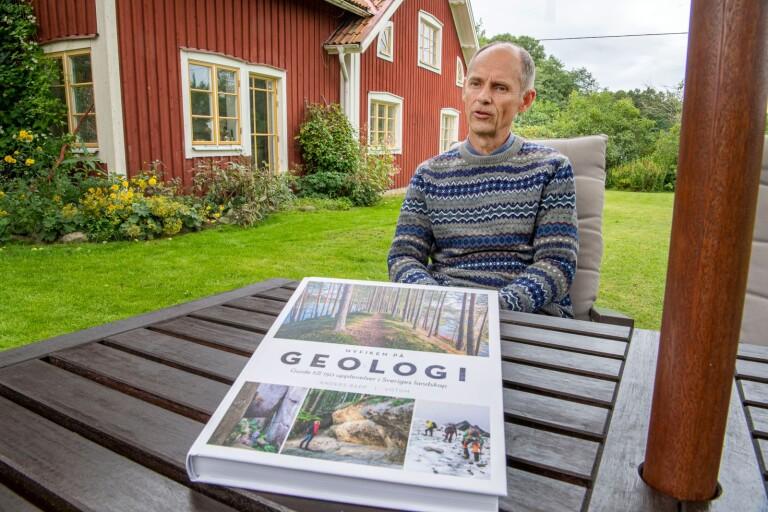 Anders Rapp guidar till intressanta geologiska resmål