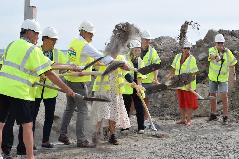 Här tas första spadtaget till det nya huset på Varvsholmen