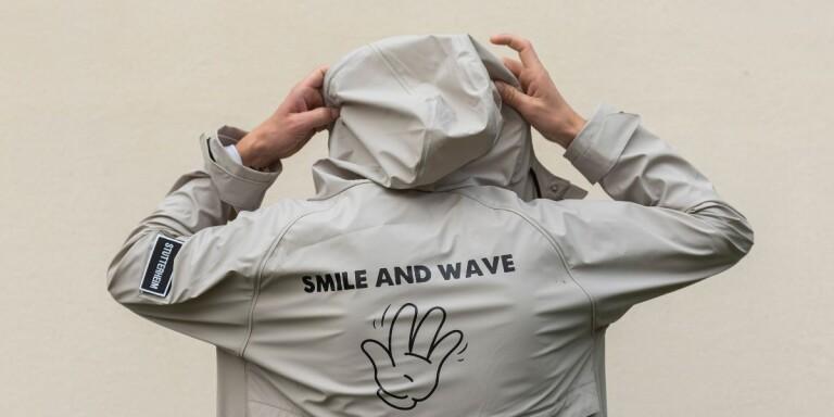 """Avantgardet är tillbaka med en ny singel som heter """"Smile and wave""""."""