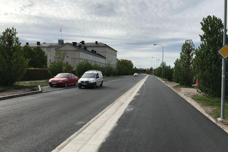Fredriksskansgatan har öppnat upp för trafik igen.