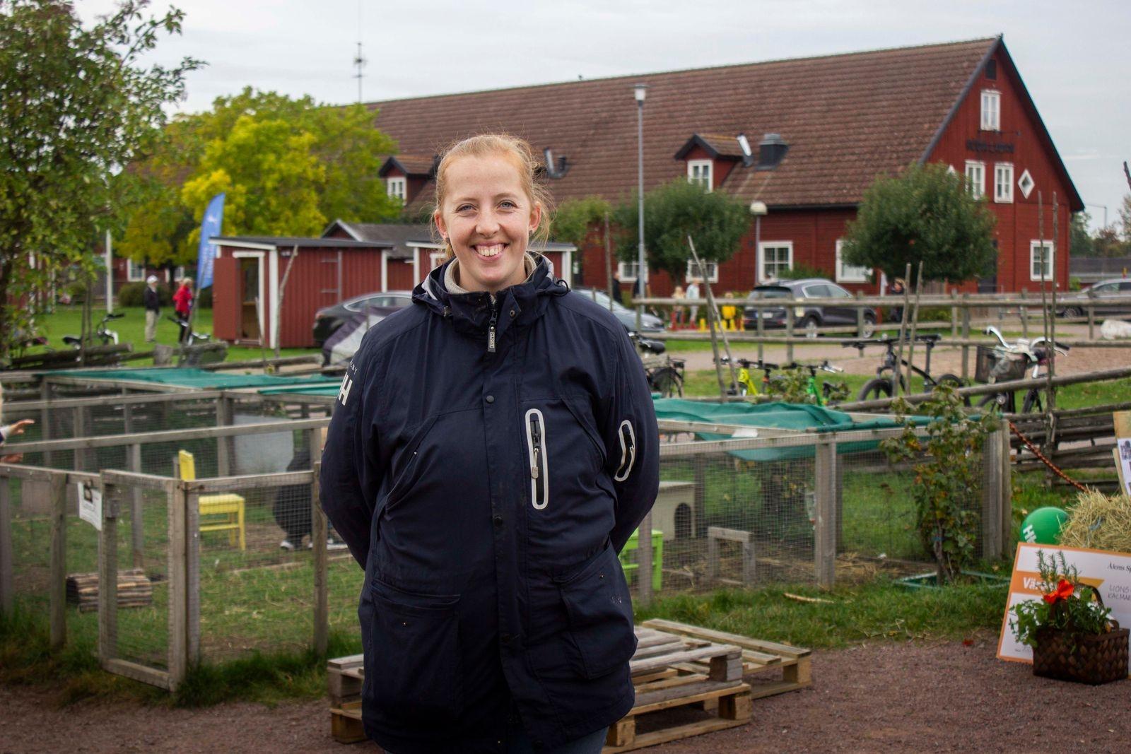 Isabelle Hall Wilkens är fritidsledare och volontär.