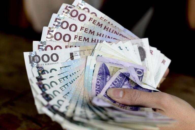 Brott: Ung kvinna åtalas för misstänkt penningtvätt