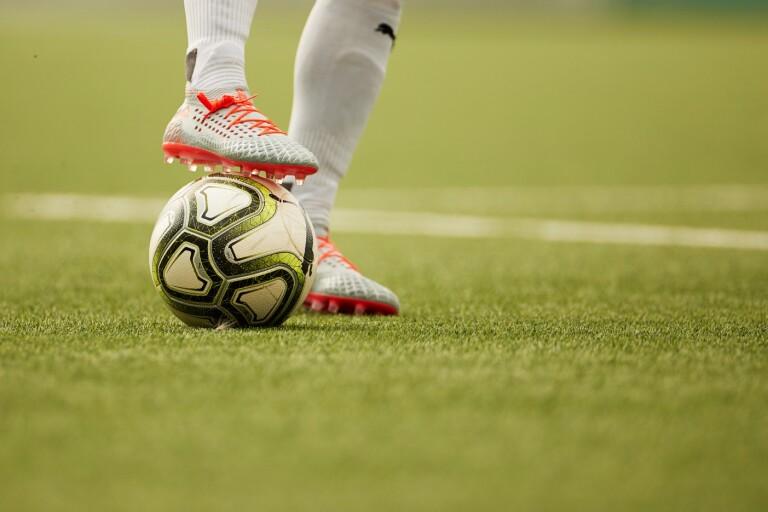 Intensiva fotbollsveckor väntar i oktober