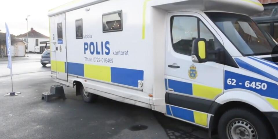 Det mobila poliskontoret var på plats i Tollarp på måndagen och återkommer i dag, tisdag.