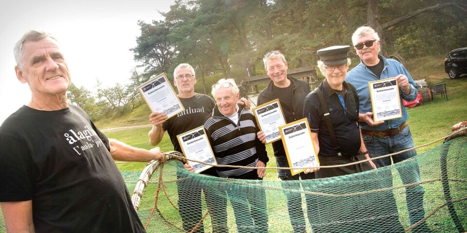 """Max Svensson, Mats Svensson, Bo Hellström, Magnus Carlsson, Hånsa Olofsson and Sven-Erik Tenghagen from different eel huts accepted the awards. They then sang the """"Eel fishers waltz""""."""