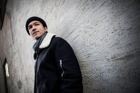 Frans gör comeback med låtsläpp och turné