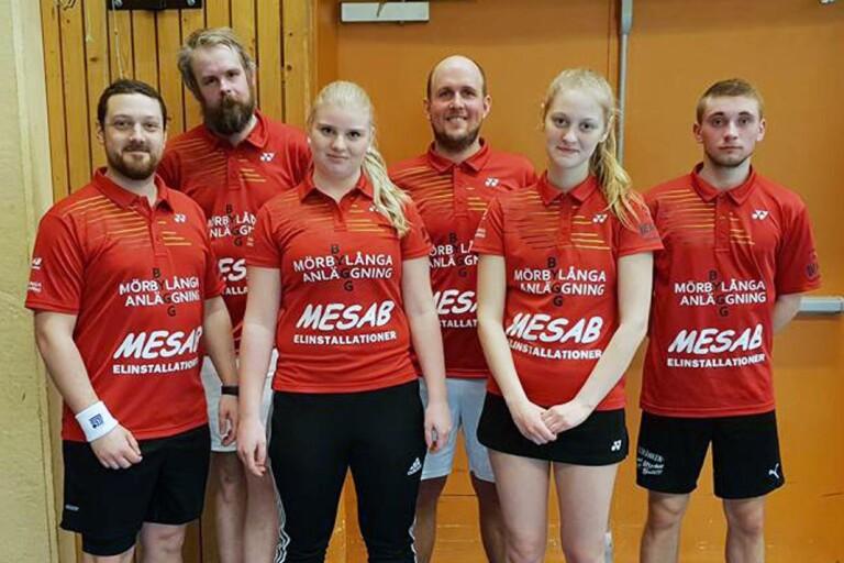 BK Fåkens sista lag för säsongen: Simon Erlandsson, Tony Norlin, Linnea Elmberg, Ivan Törnkrantz och Felix Karlsson.