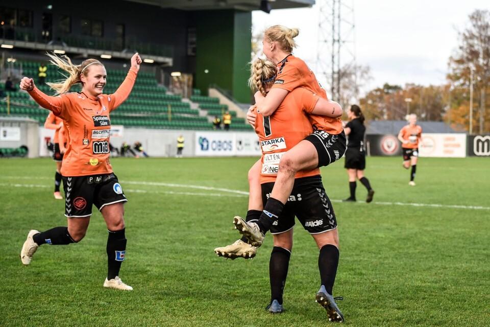 KDFF defeated Vittsjö 4-0 on 1st November. On 15th November KDFF meet Linköping in a home match.