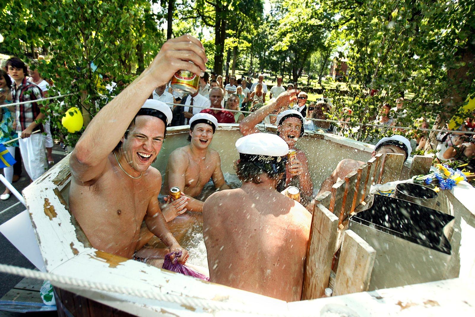 Studenten firas med kortege i Oskarshamn 2007.