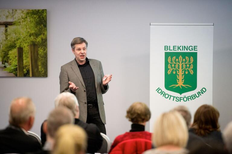 Tommy Andersson, ordförande i Blekinge Fotbollförbund, som är med och arrangerar dubbla futsallandskamper i Karlskrona i september.