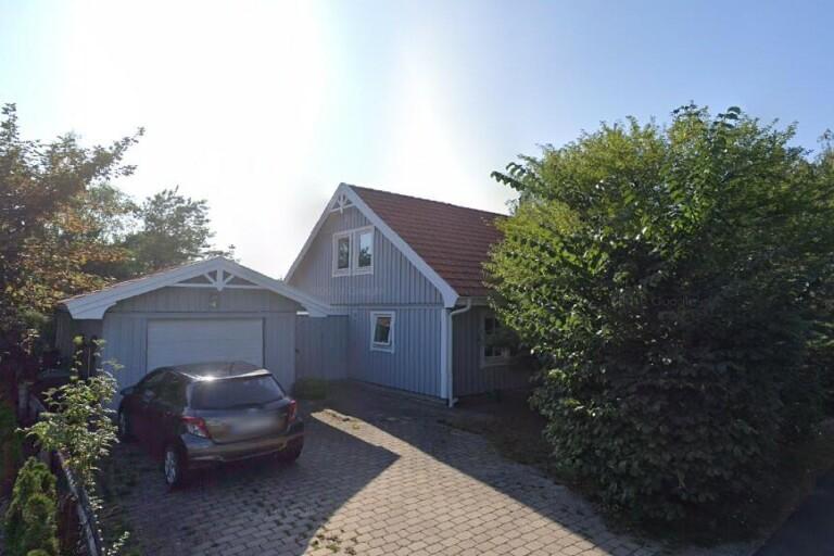 Nya ägare till fastigheten på Sandvägen 37 i Höllviken – prislappen: 7300000 kronor
