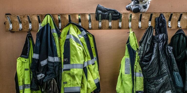 Kronoberg: Anställd slog sönder för 150 000 – duschade och blev eskorterad ut