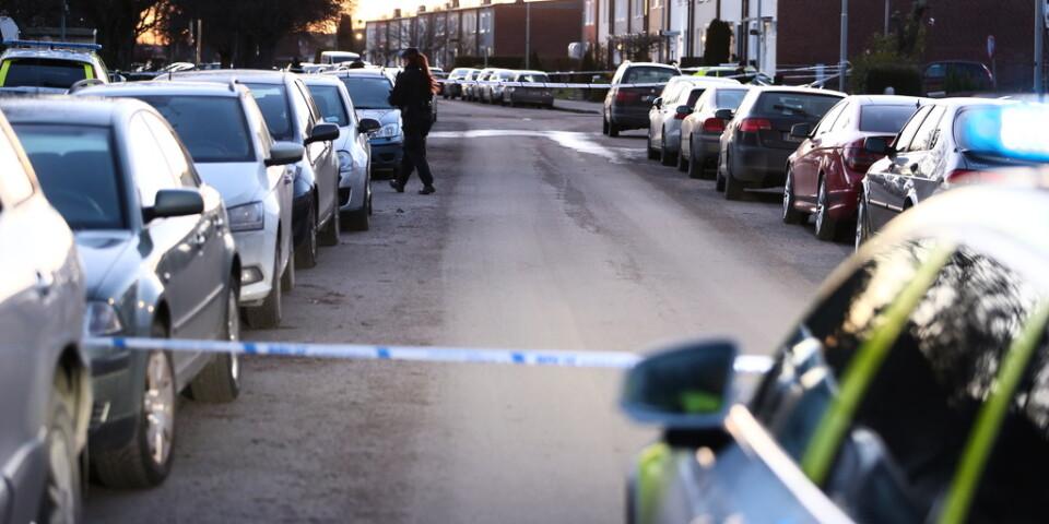 Polisen har spärrat av platsen för explosionen.