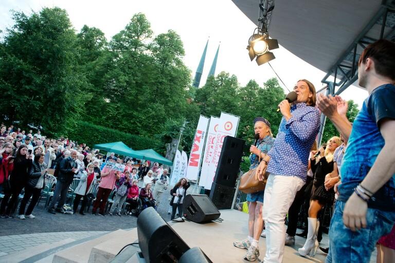 Corona: Allsång i Linnéparken ställs in