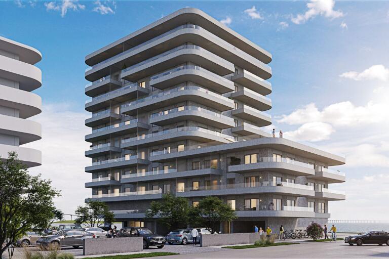 BRF Fyren på Varvsholmen innehåller 48 lägenheter varav den största längst upp har ett pris på 14,9 miljoner kronor.