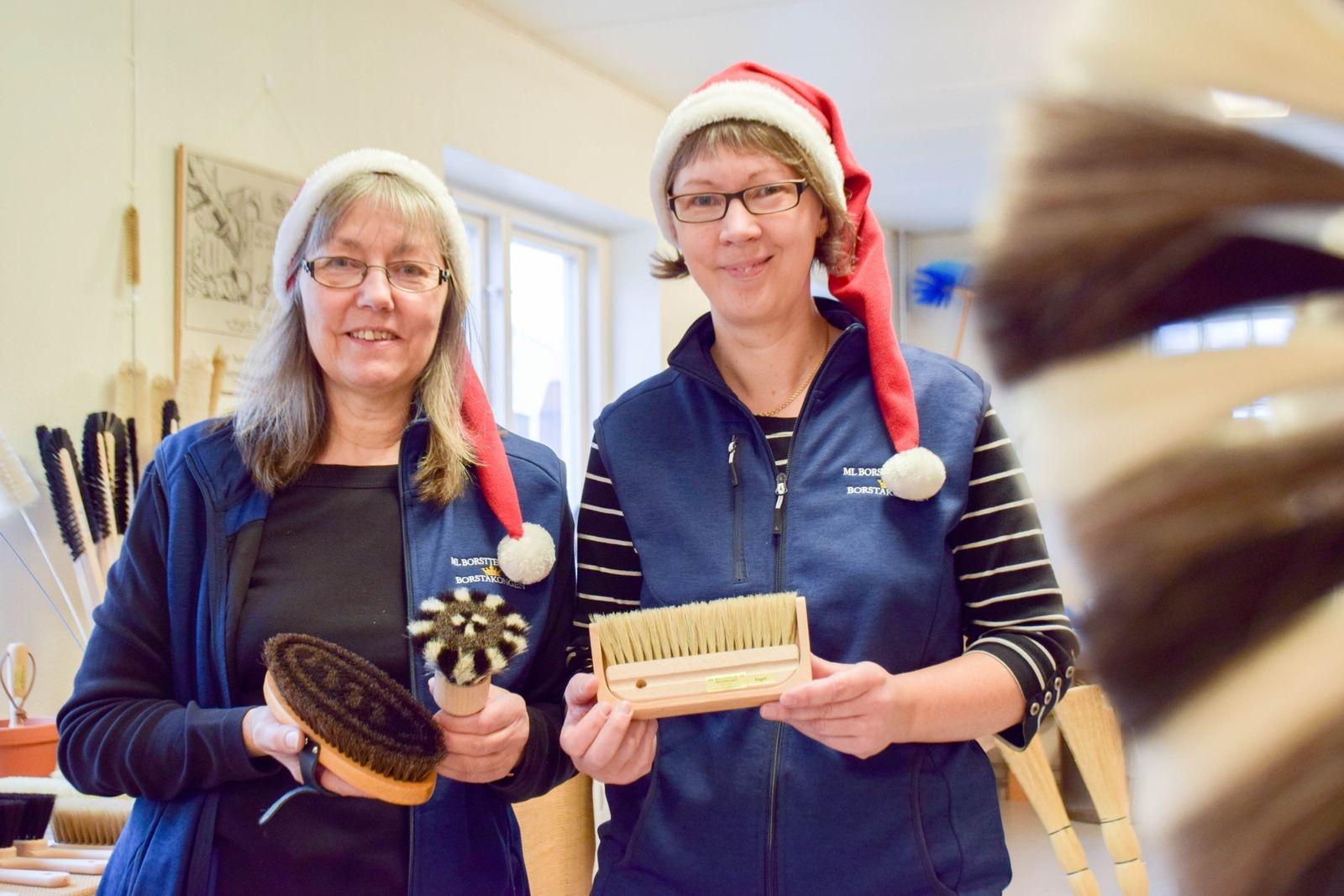 ML BorstTeknik har borstar för alla tillfällen. Anki Magnusson och Liselotte Holmqvist julklappstips är en handbunden ryktborste, en databorste av gethår, eller varför inte en bordsborste av tagel med utsnidad skyffel.