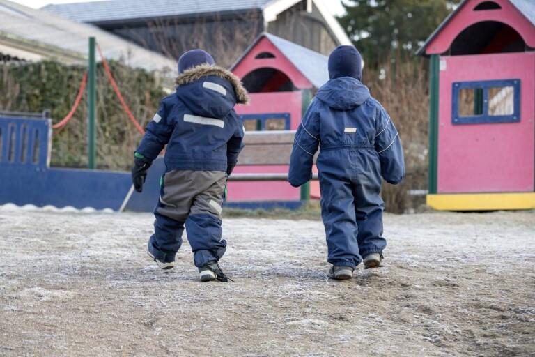 """Barn med smitta hemma ska inte gå till skolan:  """"Viktig förändring"""""""