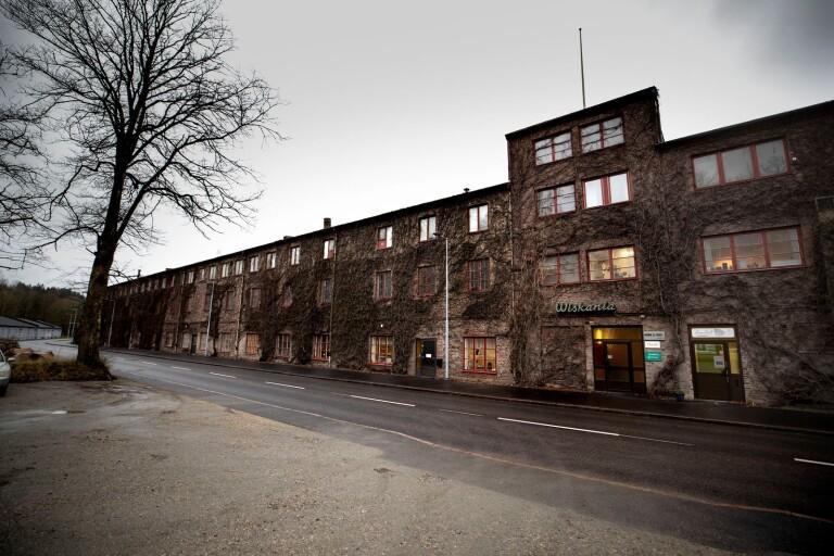 Tak till anrik Boråsbyggnad renoveras för miljonbelopp