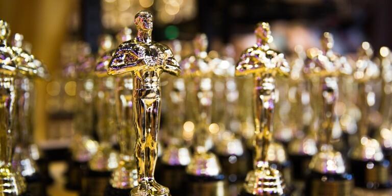 Sommarölänning uppträder på Oscarsgalan