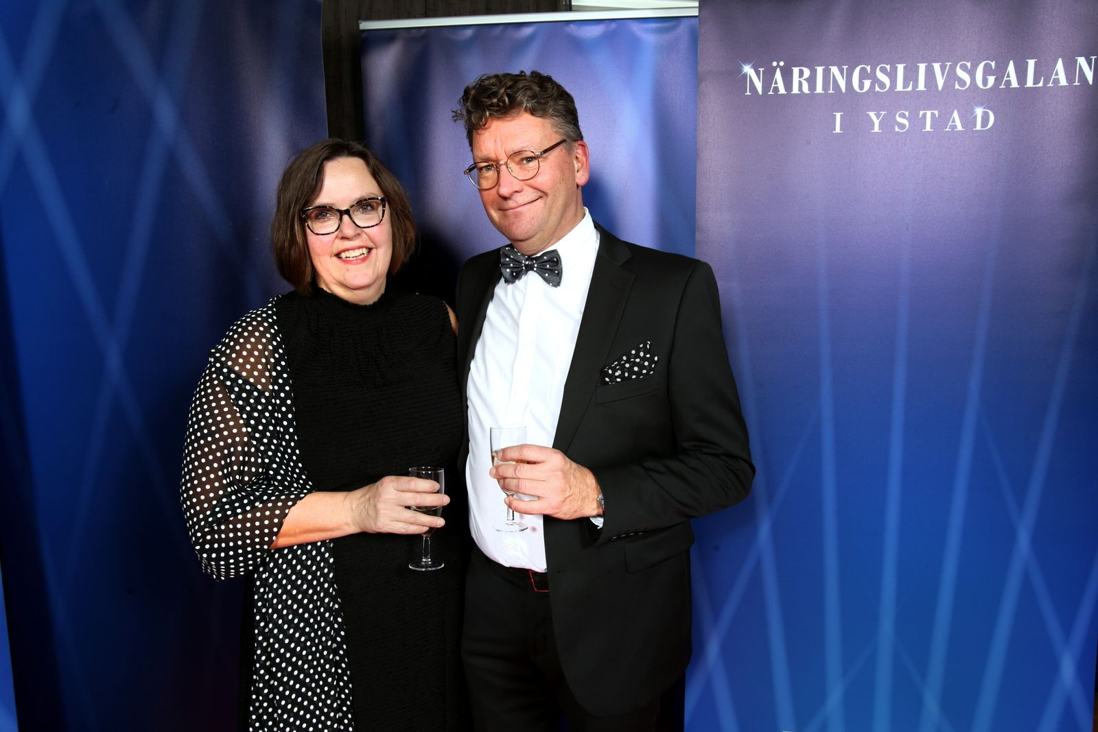Åsa och Lars Wendel, Tygfinessen
