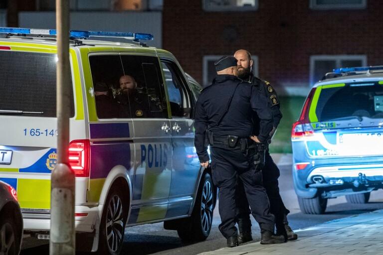 Ska vi ens börja vända på våldsutvecklingen, måste svensk skola upphöra att vara en komfortzon för elever, föräldrar och politiker, menar Lars Hemzelius (SÖS).