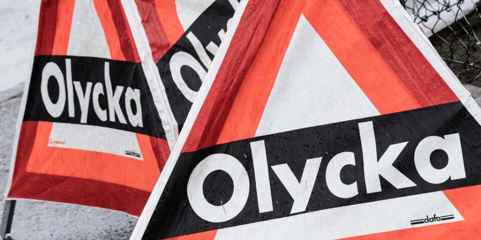 Ett tiotal fordon är inblandade i en olycka på väg 108 i Svedala kommun. Arkivbild.