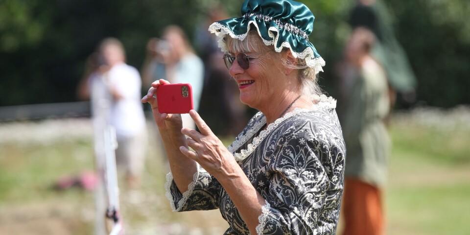 Slottsfrun Mia Gröndahl njöt av uppvisningen.