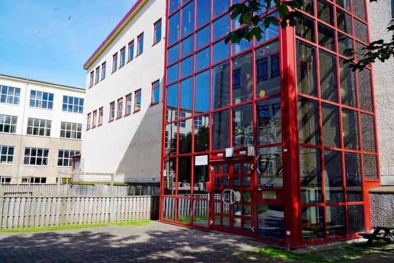 I månadsskiftet augusti/november flyttar vuxenpsyk i Mark från de här lokalerna på Kungsfors till Skene lasarett.