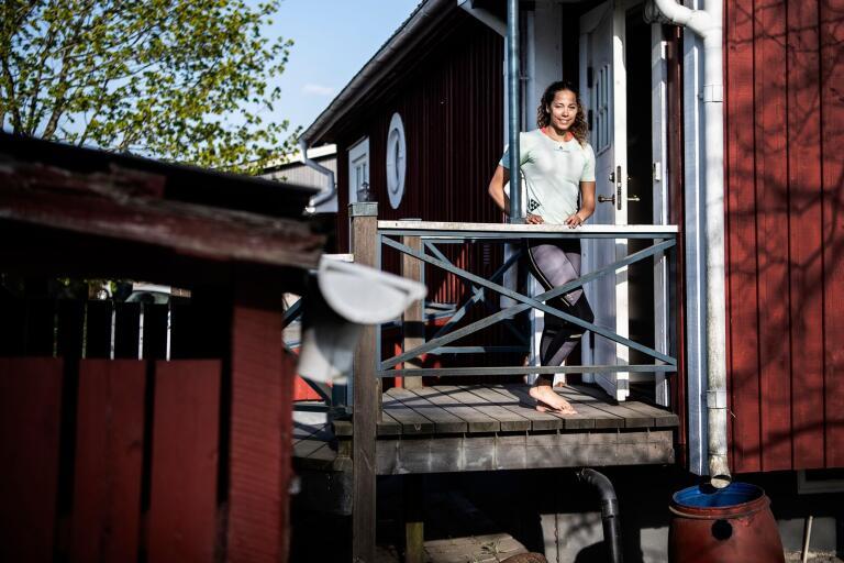 Angelica Bengtsson är svensk mästare i stavhopp. På fritiden tar hon gärna en fika på Hyllan i Tingsryd.