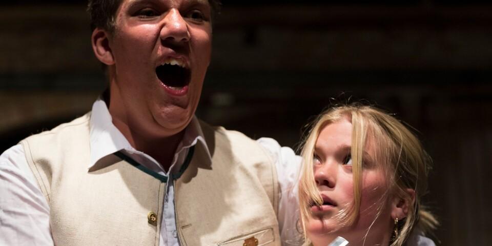Hugo Ask och Greta Åkerberg i Sweeney Todd, sommaren 2018.